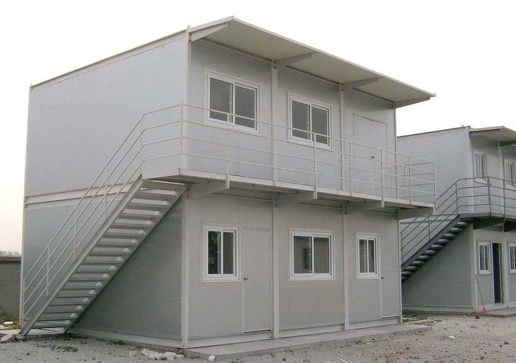 Tiện ích và tiết kiệm với Nhà container